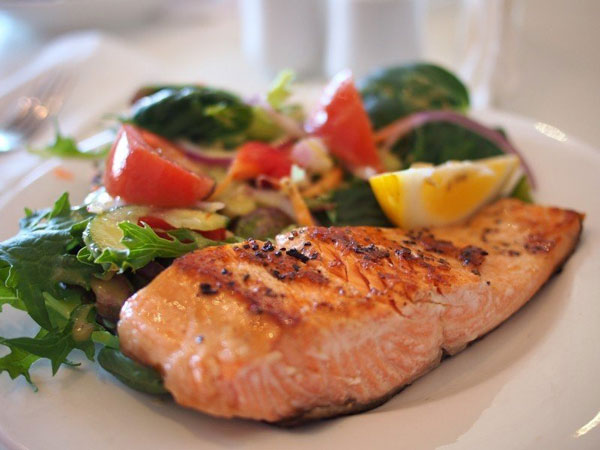 những loại vitamin giúp bé tăng chiều cao